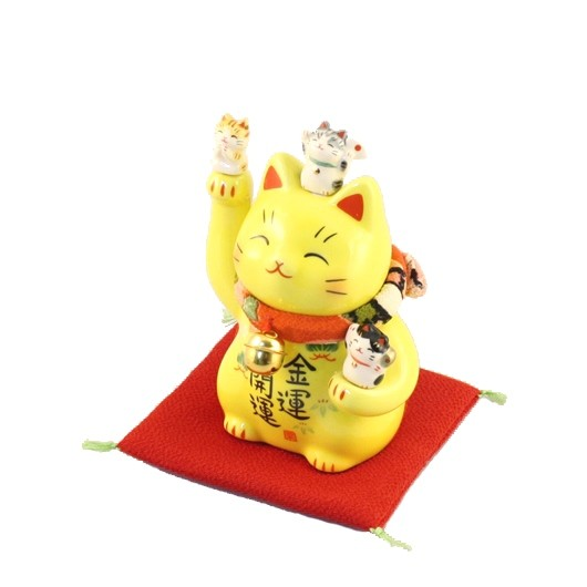 Yellow lucky cat sample1