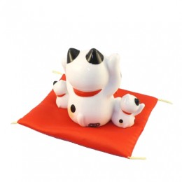 Lucky cat with trio sample3