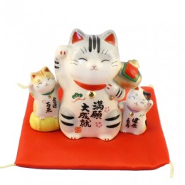 Lucky cat for success sample2